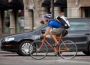 Biciclette-vs-macchine1